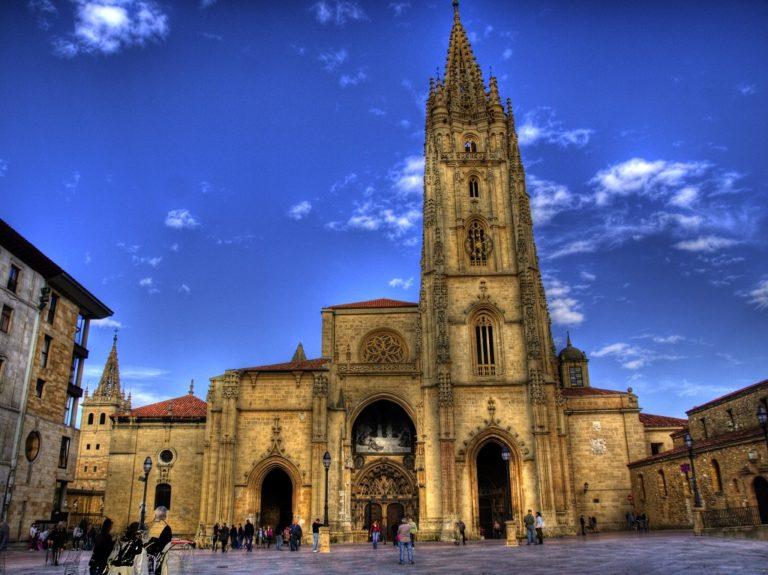 Spagna del Nord in pillole: viaggio ad Oviedo, regina delle Asturie