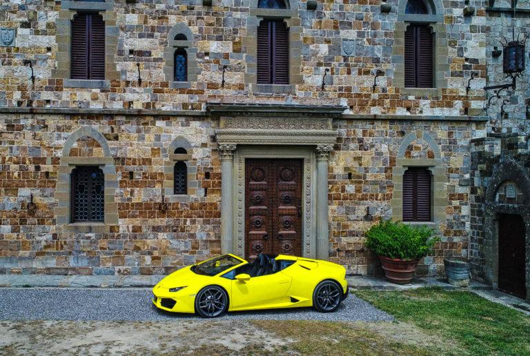 Alla scoperta della Toscana a bordo della Lamborghini Huracàn