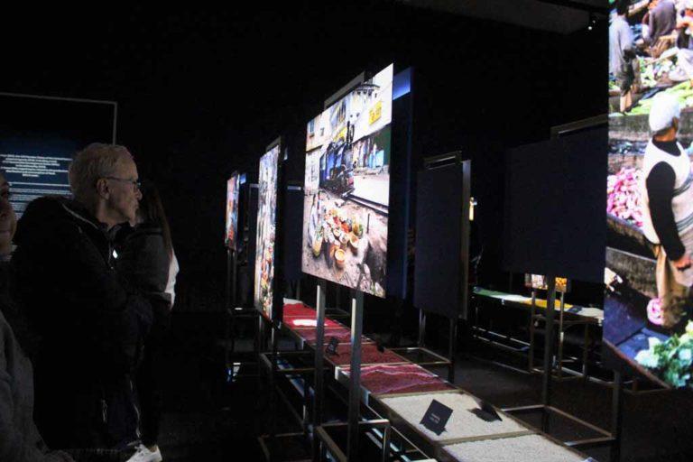 "Steve McCurry in mostra a Forlì con ""Cibo"""
